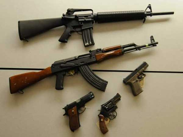 Firearms from the Allegheny County Medical Examiner Office´s crime lab. (AP photo)