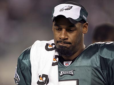Donovan McNabb apologized to Philadelphia fans in a radio interview for not winning a Super Bowl. (Yong Kim / Staff file photo)