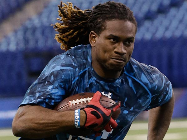 Tennessee receiver Cordarrelle Patterson runs a drill during the NFL football scouting combine in Indianapolis, Sunday, Feb. 24, 2013. (AP Photo/Dave Martin)
