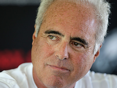 Would Eagles owner Jeffrey Lurie explore the possibility of a Philly Super Bowl? (David Maialetti / Staff file photo)