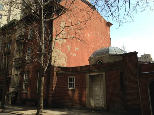 Developer Bart Blatstein has purchased this historic rowhouse on Rittenhouse Square. (Emily Babay / Philly.com )