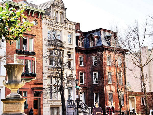 Developer Bart Blatstein bought  the McIlhenny Mansion at 1914-16 Rittenhouse Square, the four-story red-brick structure at right and the lower brick building to its right. GEORGE DIMITRUK / Special to The Inquirer