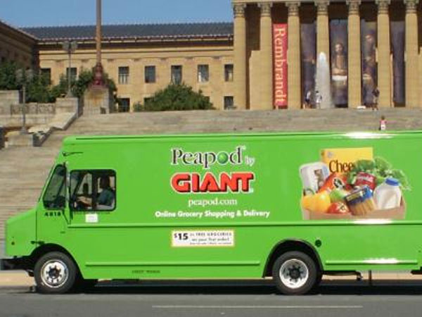 Giant is expanding its affiliation with Peapod.com, an online ordering and pickup service, to two more Philly-area stores.
