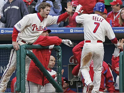 The Phillies scored eight runs in the seventh inning yesterday in a 12-11 comeback win over Atlanta. (Michael Bryant/Staff Photographer)