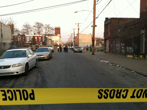 Crime Scene Unit at the scene of a shooting Tuesday night. (Morgan Zalot / Staff)