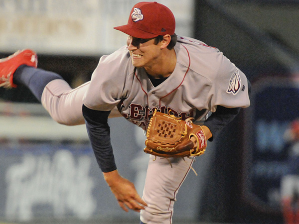 Phillies pitcher Jonathan Pettibone pitched for the Lehigh Valley IronPigs in a rehab game on April 1, 2014. (Ron Tarver/Staff Photographer)