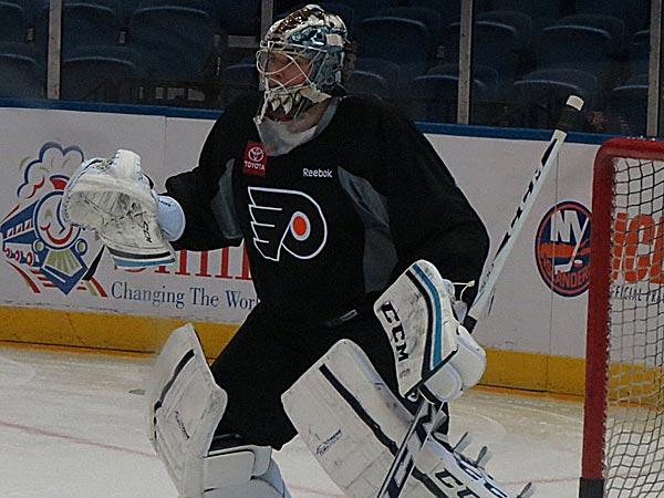 Flyers goaltender Steve Mason. (Marc Narducci/Staff)