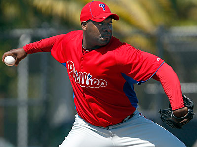 Phillies pitcher Jose Contreras pitched a scoreless inning Monday for single-A Clearwater. (David Maialetti/Staff Photographer)