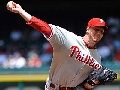 Roy Halladay went the distance against the Astros, allowing only one run. (AP Photo/Dave Einsel)