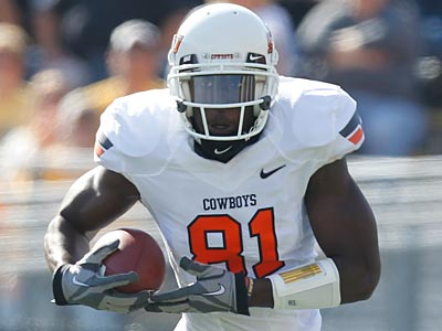 Oklahoma State´s Justin Blackmon is the first wide receiver off the board in Les Bowen´s NFL mock draft. (Jeff Roberson/AP)