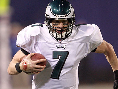 Jeff Garcia could come back to the Eagles as a backup quarterback. (Yong Kim/Staff file photo)