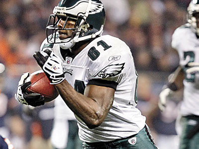 Eagles WR Jason Avant will look to improve his yards after the catch this season. (Ron Cortes / Staff Photographer)