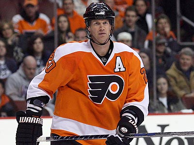 Chris Pronger´s status for Game 1 of the playoffs is uncertain. (Yong Kim/Staff Photographer)