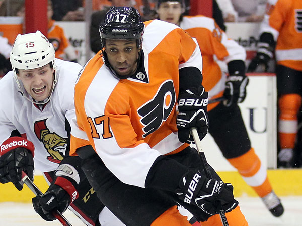 Flyers winger Wayne Simmonds. (Yong Kim/Staff Photographer)