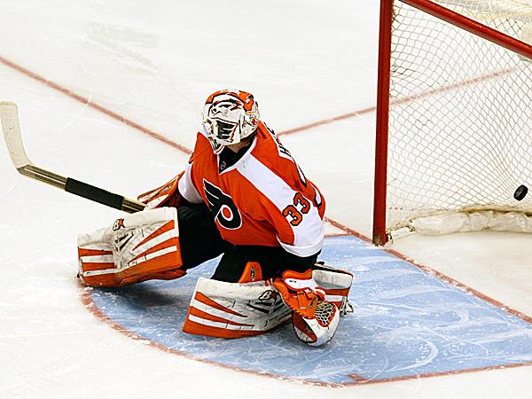 Flyers goalie Cal Heeter. (Ron Cortes/Staff Photographer)