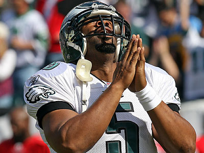 Donovan McNabb hopes Eagles fans will cheer for him when the Redskins play here. (Steven M. Falk/Staff file photo)