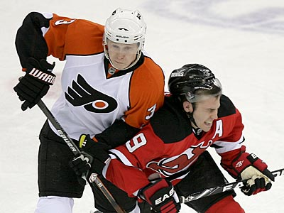 The Flyers beat the Devils, 2-1, in the first game of their Eastern Conference quarterfinal series. (Yong Kim / Staff Photographer)