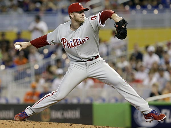 Philadelphia Phillies&acute; Roy Halladay pitches to the Miami Marlins<br />during the first inning of a baseball game in Miami, Sunday, April 14,<br />2013. (AP Photo/Alan Diaz)