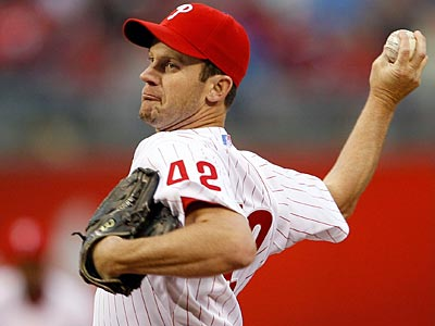 General manager Ruben Amaro Jr. said Roy Oswalt would likely be able to start a game on Saturday or Sunday. (Yong Kim/Staff file photo)