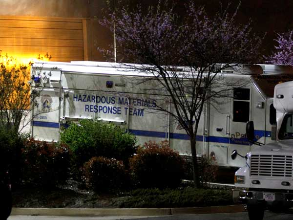 A U.S. Capitol Police hazmat vehicle is parked at a mail processing facility for Congressional mail in Prince George´s County where a letter addressed to Sen. Roger Wicker, R-Miss., tested positive for ricin, Tuesday, April 16, 2013. (AP photo)