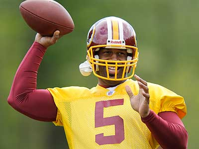 Donovan McNabb works out with his new Redskins teammates. (AP Photo/Nick Wass)