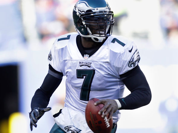 041813_michael-vick_600