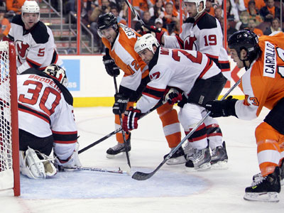 Dan Carcillo scored the Flyers´ game-winning goal against the Devils´ Martin Brodeur on Sunday. (Yong Kim /Staff Photographer)