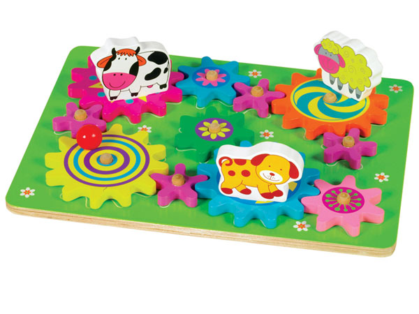 The U.S. Consumer Product Safety Commission has recalled about 4,000 Ryan´s Room brand Spin-A-Mals Farm and Spin-A-Mals Safari wooden puzzles. (Photo: CPSC)