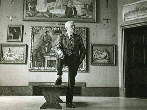 "On Albert C. Barnes´ collection: "". . . it´s also a ´Gesamtkunstwerk,´ a comprehensive artwork in itself."""