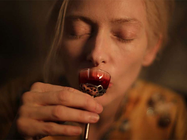"""Is that a Bloody Mary?: Tilda Swinton plays a vampire in Detroit in Jim Jarmusch´s """"Only Lovers Left Alive."""" (Sony Pictures Classics)"""