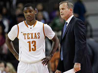 Sterling Gibbs talks with coach Rick Barnes. Gibbs has decided to transfer to Seton Hall, not Temple. (AP Photo/Eric Gay)