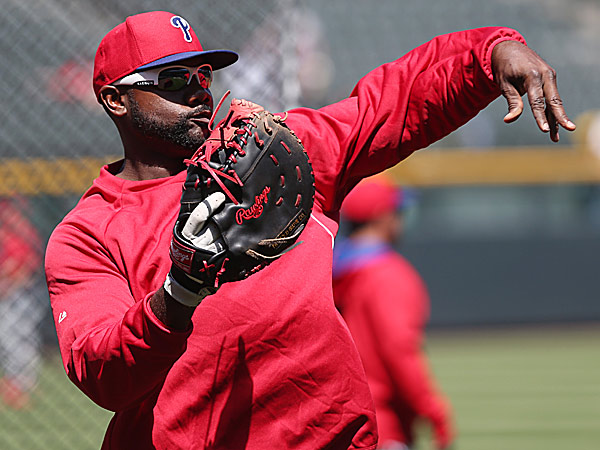 Phillies first baseman Ryan Howard. (David Zalubowski/AP)