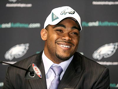 """I like to hit people,"" Brandon Graham, the Eagles´ first-round pick in the NFL draft, said today. (Charles Fox / Staff Photographer)"