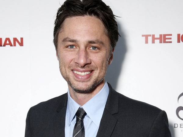 """I keep getting killed off on the internet,"" said Zach Braff to Elle Degeneris. Braff, who reportedly fell to his death in  New Zealand assured Ellen that he´s never been to New Zealand. (AP Photo/ Millennium, Todd Williamson, File)"