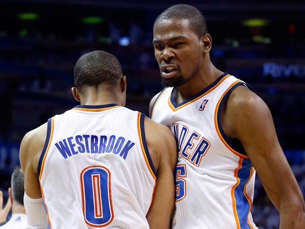 Kevin Durant And Russell Westbrook Best Friends Kevin durant bumps chests with