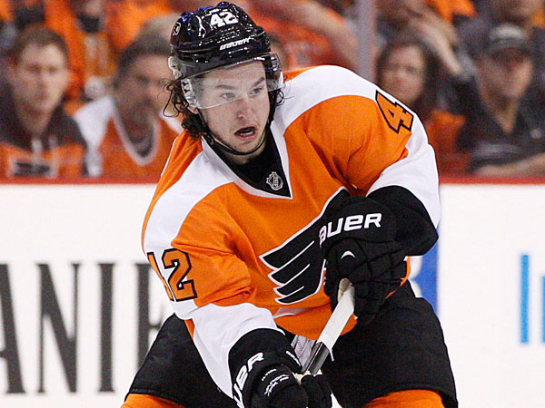 The Flyers´ Jason Akeson. (Chris Szagola/AP)
