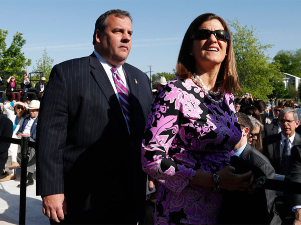 Gov. Christie and his wife, Mary Pat, arrive at the dedication of the George W. Bush presidential library on the campus of Southern Methodist University in Dallas, on Thursday. (Charles Dharapak / Associated Press)