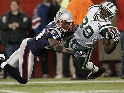 Cornerback Ellis Hobbs started 49 games for the Patriots over the last 4 years. (Winslow Townson / AP file photo)