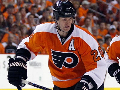 """A full recovery is anticipated,"" Flyers GM Paul Holmgren said of Chris Pronger´s injured back. (Yong Kim/Staff file photo)"