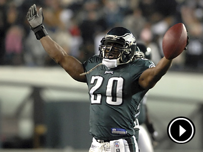 The Eagles announced that they will retire Brian Dawkins´ No. 20. (David Maialetti / Staff File Photo)