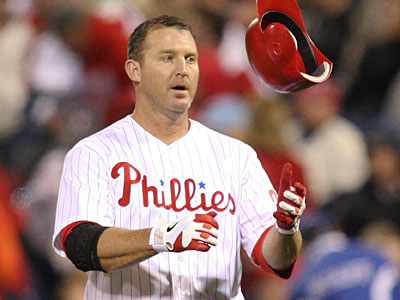 Jim Thome left tonight´s game against the Cubs with lower back tightness. (Steven M. Falk/Staff Photographer)
