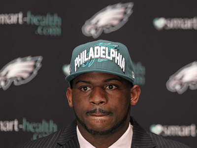 The Fletcher Cox pick received an ´A´ from 94 percent of fans who voted. (Michael Bryant / Staff Photographer)