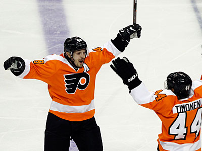 In 104 career playoff games, Danny Briere has 106 points. (Alex Brandon/AP)