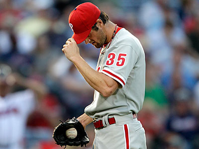 """Cole Hamels says he´s old school? He´s the polar opposite of old school. He´s fake tough,"" Mike Rizzo said.  (David Goldman/AP)"