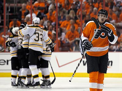 James van Riemsdyk and the Flyers were unprepared for the Bruins´ intensity in Game 1. (Yong Kim/Staff Photographer)