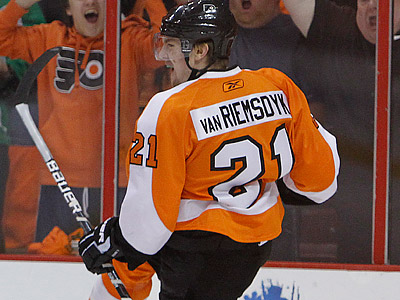 James van Riemsdyk led the Flyers with 70 shots in the playoffs. (Ron Cortes/Staff Photographer)