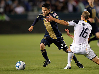 Union star Roger Torres has yet to play a full 90 minutes in a game this season. (Alex Gallardo/AP)