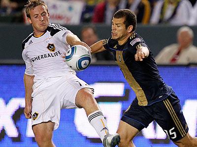 Alejandro Moreno and the Union struggled to get in gear against the Galaxy. (Alex Gallardo/AP)