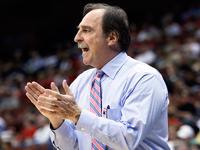 Temple basketball coach Fran Dunphy has agreed on an 8-year contract extension. (AP Photo/Wilfredo Lee)