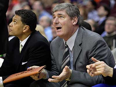 Minnesota Timberwolves assistant coach Bill Laimbeer will interview with the Sixers. (AP Photo/Mark Duncan)